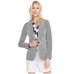 NWOT Banana Republic Seersucker One-button Blazer